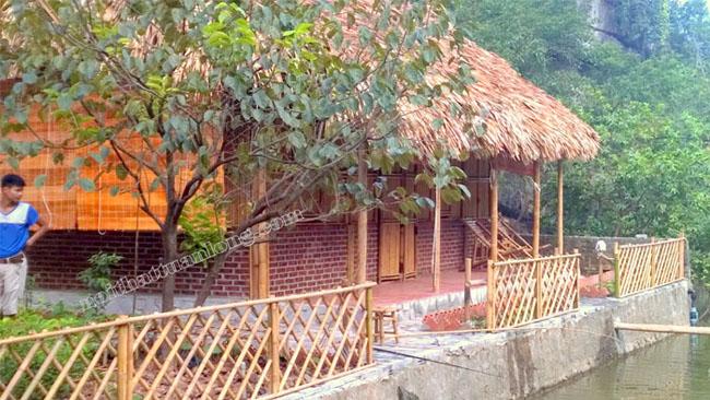 Nhà mái lá 1